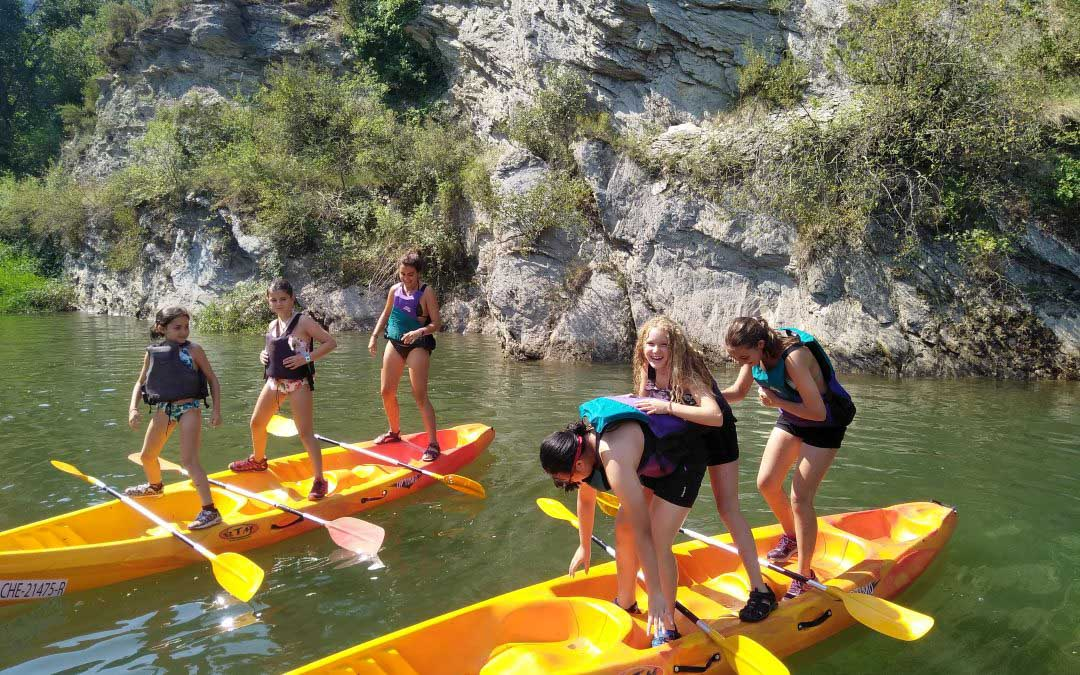 Today the kids of Organyà's Summercamp came along.