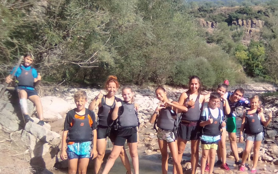 This is how the last visit went, of the kids of Organyà's summercamp:
